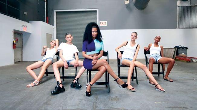 Nicki Minaj, Anaconda, NYFW