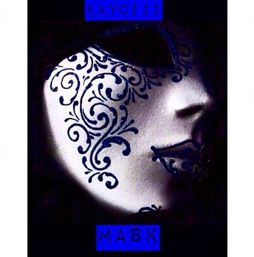 Kayciii, mask