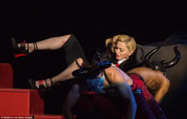 Madonna fallen