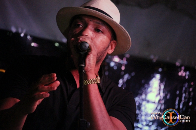 Lyfe Jennings performing at ATL Live on the Park